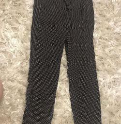Pants size 28