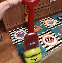 Wheelchair vacuum cleaner