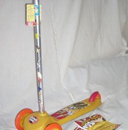 Σκούτερ τριών τροχών Looney Tunes κίτρινο