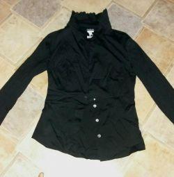 Black blouse 42-44r new