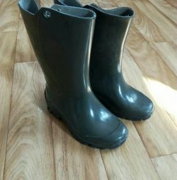 Rubber boots / new
