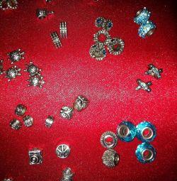 Costume de bijuterii