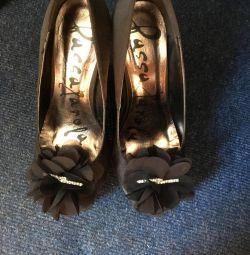 Shoes 36r.