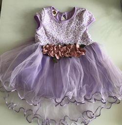 Rochie pentru copii cu fustă plină. nou