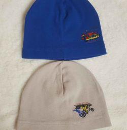 шапки 2-3 роки