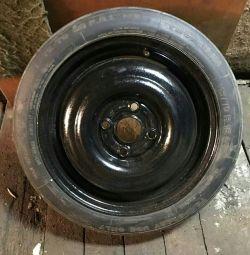 Запасное колесо (докатка ) на ауди , фольксваген