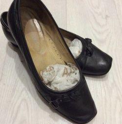Туфлі жіночі чорні, шкіра