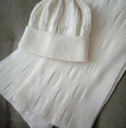 Καπέλο και μάλλινο μαλλί