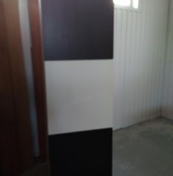 Χρησιμοποιημένο ντουλάπι