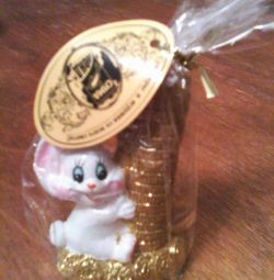 Candle (Bunny with gold coins)