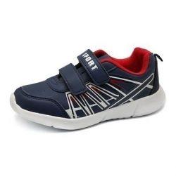 Кросівки на підлітка