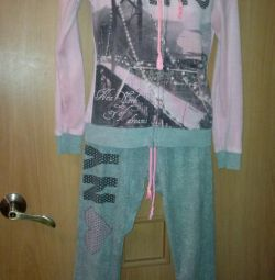 Tracksuit for a girl 8-10 years old