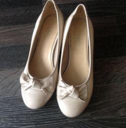 Παπούτσια (δείτε το προφίλ)