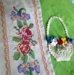 Sfeșnic brodat, coș de croșetat cu flori