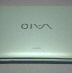 Sony VAIO SVE141J11V (SVE1412E1RB) (Ανάλυση)