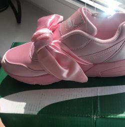 Кросівки Puma нові