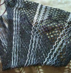 Scarf-tippet shawl ...