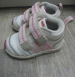 Adidas Spor Ayakkabıları