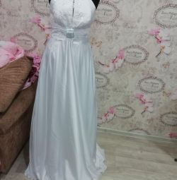 SALE OF NEW WEDDING DRESSES