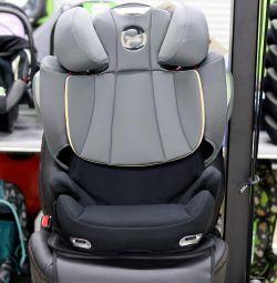 Araba koltuğu Cybex Solution Q3-Fix 15-36 kg'dan itibaren