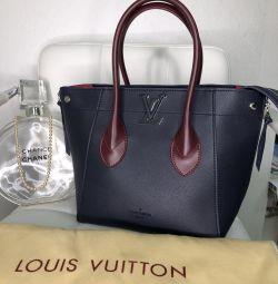 Τσάντα Louis Vuitton δερμάτινα νέα
