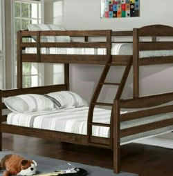 Κρεβάτι από μασίφ ξύλο