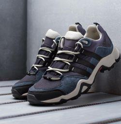 Αθλητικά παπούτσια Adidas Outdoor