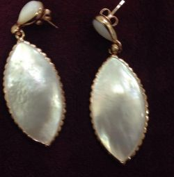 Earrings natural mother of pearl, gilding