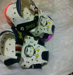 Сяючі сандалики дитячі