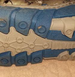 Selling winter boots Kapika