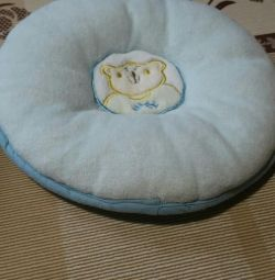 Pillow orthopedic for baby.