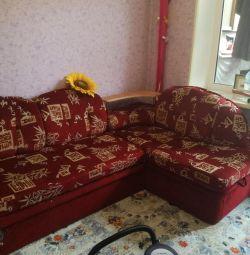 Canapea pe canapea