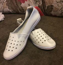 Pantofi de balet pentru femei. Natură din piele. Dimensiune 36-37