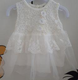 Платье нарядное размер 56-62
