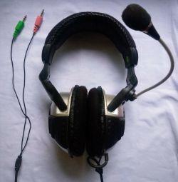 Defender Headphones