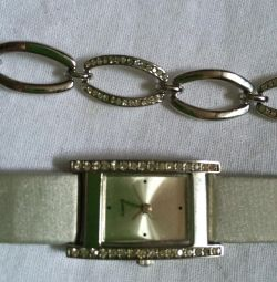 Watch and bracelet. White metal with stones