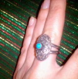Δακτυλίδι με δαχτυλίδι με τιρκουάζ
