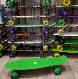 Νέες κάρτες πεντικιού skate boards φως τροχούς