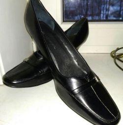 pantofi p.39, 5