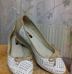 pantofi de damă second-hand excelenți 41 r