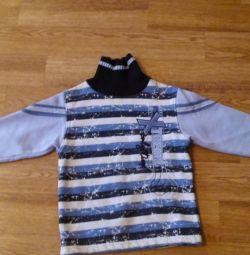 Sweaters, turtlenecks, sweatshirts