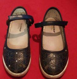 Παιδικά παπούτσια 34 μέγεθος