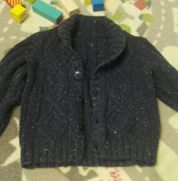 Selling a warm knitted cardigan