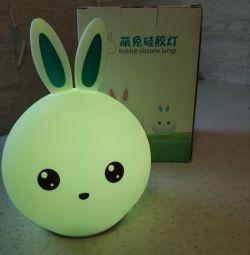 Yumuşak silikon gece lambası tavşan