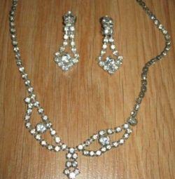 γυναικεία κοσμήματα σετ περιδέραια και κλιπ