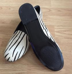 Νέα παπούτσια Jan Josef