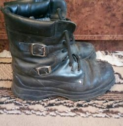 Boots 39 size