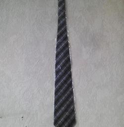 Tie RedLeader