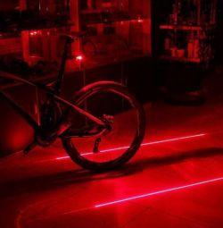 Фонарь красный для велосипеда