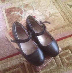 Туфли для девочки размер 32